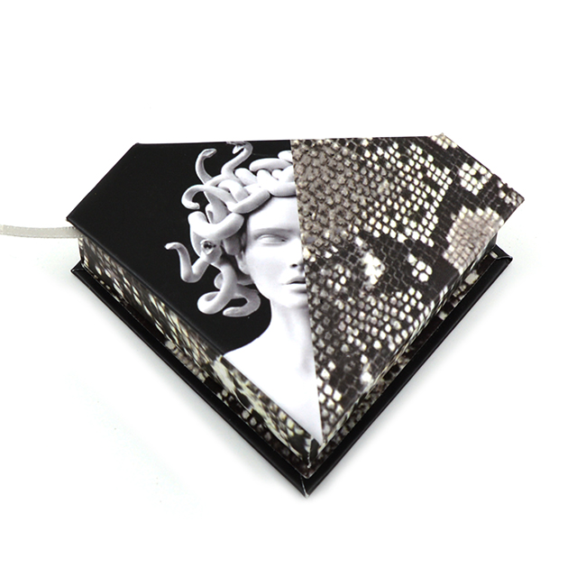 black Cartoon Characters Diamond magnetic Cardboard eyelash package,personalized snake skin lash case with logo