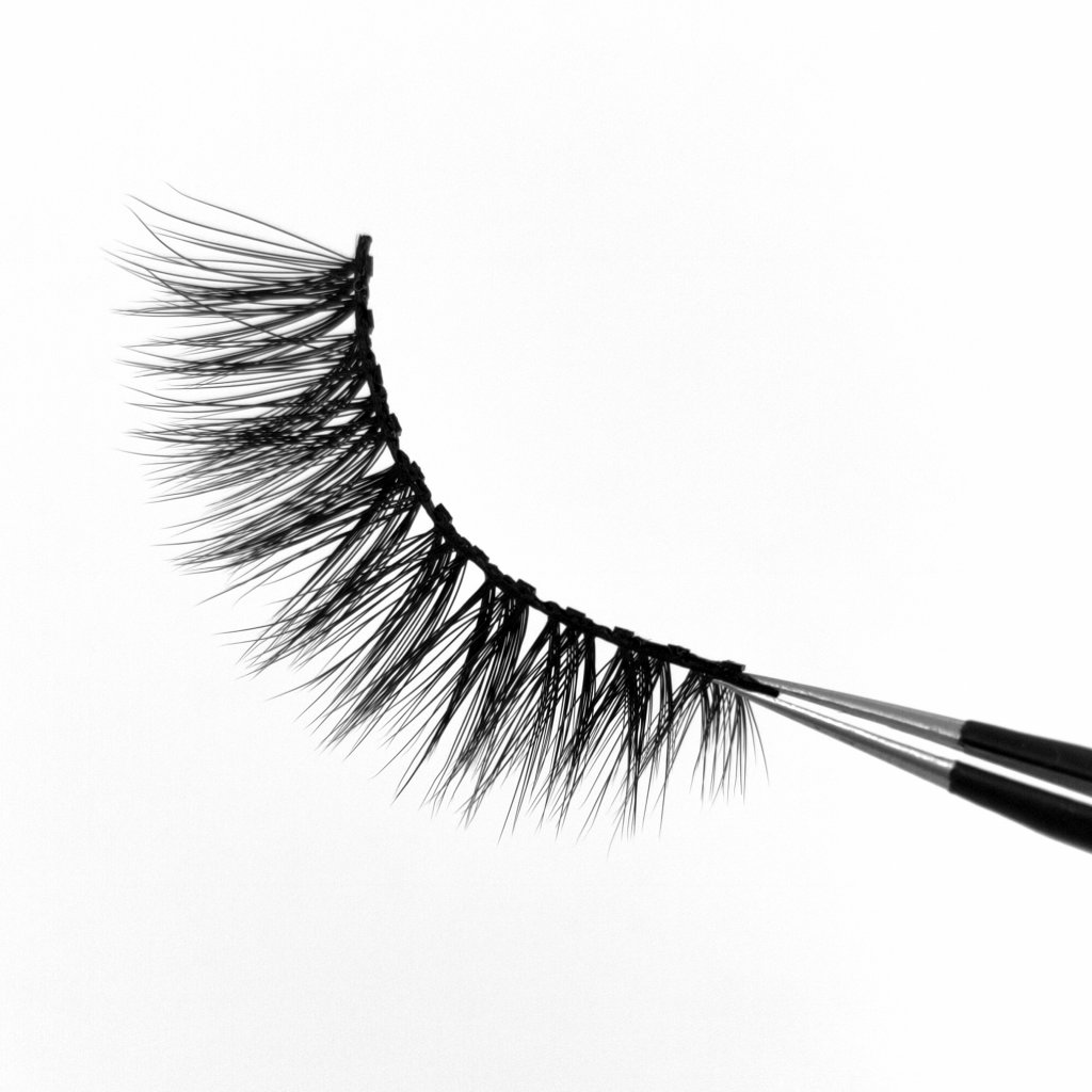 Magnetic faux mink lashes for makeup